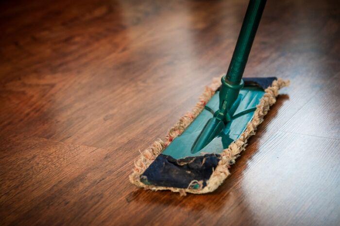 Curso de limpieza profesional+PRL para servicios de limpieza